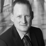 Dr. Stefan Riechert